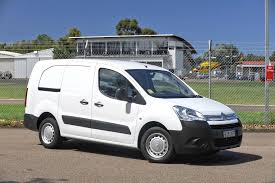 peugeot electric car mitsubishi peugeot u0026 citroen to build electric partner u0026 berlingo