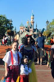 10 things you must do at mickey u0027s halloween party u2013 it u0027s a lovely