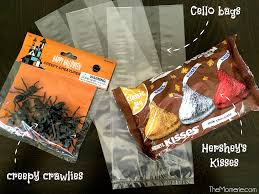 Printable Halloween Bags Bugs U0026 Kisses Halloween Treat Bags The Momerie