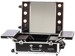 Light Up Makeup Mirror Amazon Com Nyx Makeup Artist Train Case With Lights Extra Large