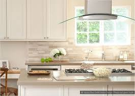White Subway Tile Backsplash Ideas by Best 25 Travertine Tile Backsplash Ideas On Pinterest