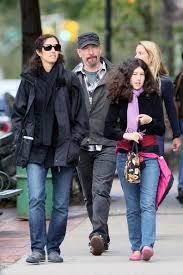 U2 and family - Pagina 6 Images?q=tbn:ANd9GcQoDIdHS8L7-vgLwo3LP2EybyxIzXA0I_egYOpK7gJVFaTiHr94