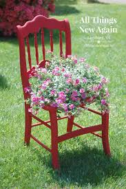 Spray Painting Metal Patio Furniture - a natural alternative to spray paint for outdoor diy projects