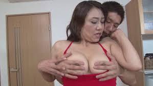近藤郁美熟女裸|