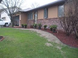 Ranch Style Home Ideas For Front Of Ranch Style House Landscaping Helpfulgardener
