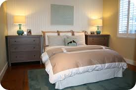 simple modern guest bedroom decor ideas for small space with rugs