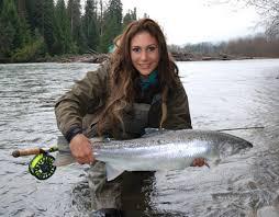 Femme et pêche
