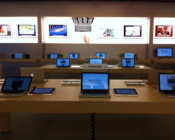 apple store seattle washington was at the apple store early in