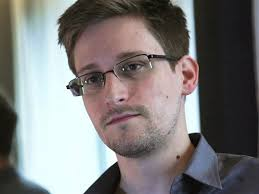 NSA leaker Edward Snowden: I\u0026#39;m not a spy for China - U.S. News - 130617-edward-snowden-1046a.photoblog600