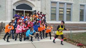 amazing diy halloween costumes roselle teachers get into the