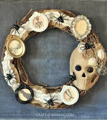 Halloween Tin Can Crafts 25 Spooky And Stylish Pieces Of Halloween Diy Outdoor Decor