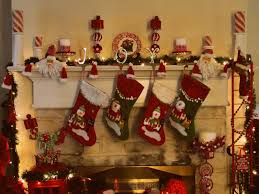 Homes With Christmas Decorations by Home And Garden Christmas Decorating Ideas Stunning Garden Design