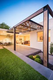 Outdoor Patio With Roof by Best 25 Pergola Roof Ideas On Pinterest Pergolas Pergola Shade