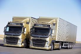 2004 volvo truck this volvo trucks ad with jean claude van damme will split your mind