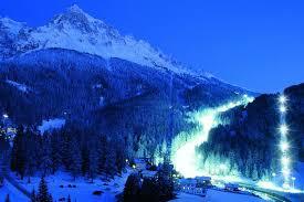 %name Incidente sugli sci allo Ski Center Latemar, muore uno sciatore. Le regole per gli sciatori.