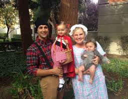 Halloween Costumes For Families by 10 Halloween Costume Ideas For A Family With Baby Babycare Mag