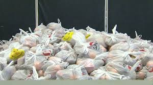 volunteer thanksgiving chicago volunteers of america to distribute 1 000 thanksgiving baskets to