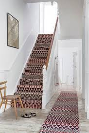 Wall Carpet by Best 25 Patterned Carpet Ideas On Pinterest Stairway Stair
