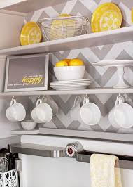 Gray Color Schemes For Kitchens by Best 25 Yellow Kitchen Accents Ideas On Pinterest Diy Yellow