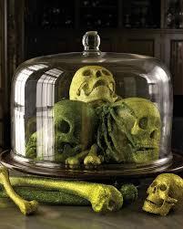halloween decorations skeletons halloween skeleton and skull decorations martha stewart