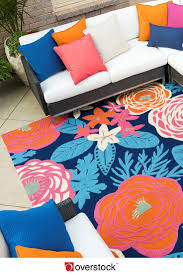 How To Clean An Outdoor Rug by How To Get The Most From Your Outdoor Rugs Overstock Com