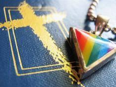 Omosessuale curato con la Chiesa