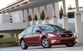 nissan altima 2013 ls 2013 nissan altima 2 5 sl long term update 1 motor trend