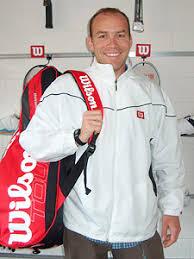 Wilson Schweiz - Christian Nyffenegger ins Wilson Badminton- - nyffi300