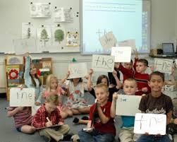 kidsinclassroomusingtechnology