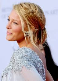 blake lively hairstyles-20