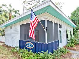 Cottages To Rent Dog Friendly by Salty Paws Tybee Island Vacation Rentals