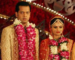 Exclusive Dimpy Ganguly leaves Rahul Mahajan / Another Reality Divorce