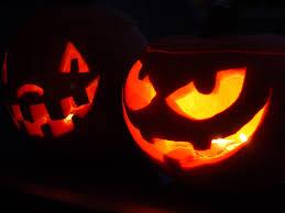 Halloween pictures Images?q=tbn:ANd9GcR97JQCSJpX6IIa0P3_G1rFDWjZqysxZ41n--U21i0v8Frgdl8&t=1&usg=__1qKUUBKlmAb4Sgxx8c-W7jaAa7k=