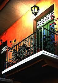 Como decorar sacada e varandas usando cores e acessórios