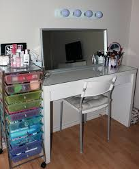Bedroom Vanity Furniture Canada Furniture White Wooden Makeup Vanity Sets With Glass Top And