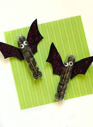 15 bat craft ideas that are perfect for halloween on love the day