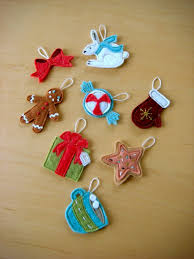 Homemade Christmas Decorations by 70 Diy Felt Christmas Tree Ornaments Shelterness