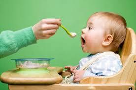 Tư vấn dinh dưỡng cho trẻ nhẹ cân