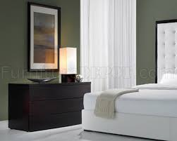 Ludlow White Leather Bedroom Set By Modloft - White tufted leather bedroom set