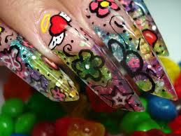 Diseño de uñas con estampado
