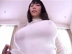 ノーブラ 着衣巨乳|着衣巨乳エロ画像】ノーブラの着衣巨乳は胸ポチ時々乳首が透ける ...