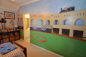 a7 bed3b jpg bedroom 3 also connects to hollywood bath and has custom painted mural of our astros baseball field