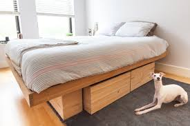 How To Build A Full Size Platform Bed With Drawers by King Platform Beds With Storage Solid Wood Easy Diy King