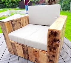 Patio Furniture Wood Pallets - pallet furniture build a patio with pallets 101 pallets