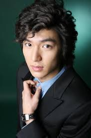 Kim Hyun Joong - Break Down  Images?q=tbn:ANd9GcRJ_QVUeGTBChDEpLQ3v1kLbreKJlAsZARhGjLSjDZvZJzmcyOs
