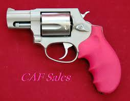 1045 best guns images on pinterest firearms handgun and pink guns