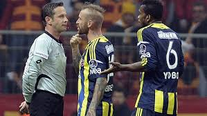 Raul Meireles handed 11 game ban for spitting at referee in Istanbul derby