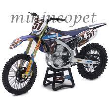 motocross dirt bikes new ray 57713 motocross jgr yamaha yz 450f dirt bike 51 1 12