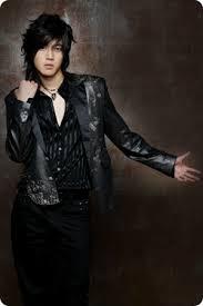Kim Hyun Joong - Break Down  Images?q=tbn:ANd9GcRKt3y5GEMKQ3s8LVLmgIrJjVefDtVuIlCAQcYrXhWmwZ5BkhtT