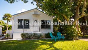 Siesta Key Beach Cottage Rentals by Snaprent Vacation Rental Home 625 Calle Del Otono Sarasota Fl